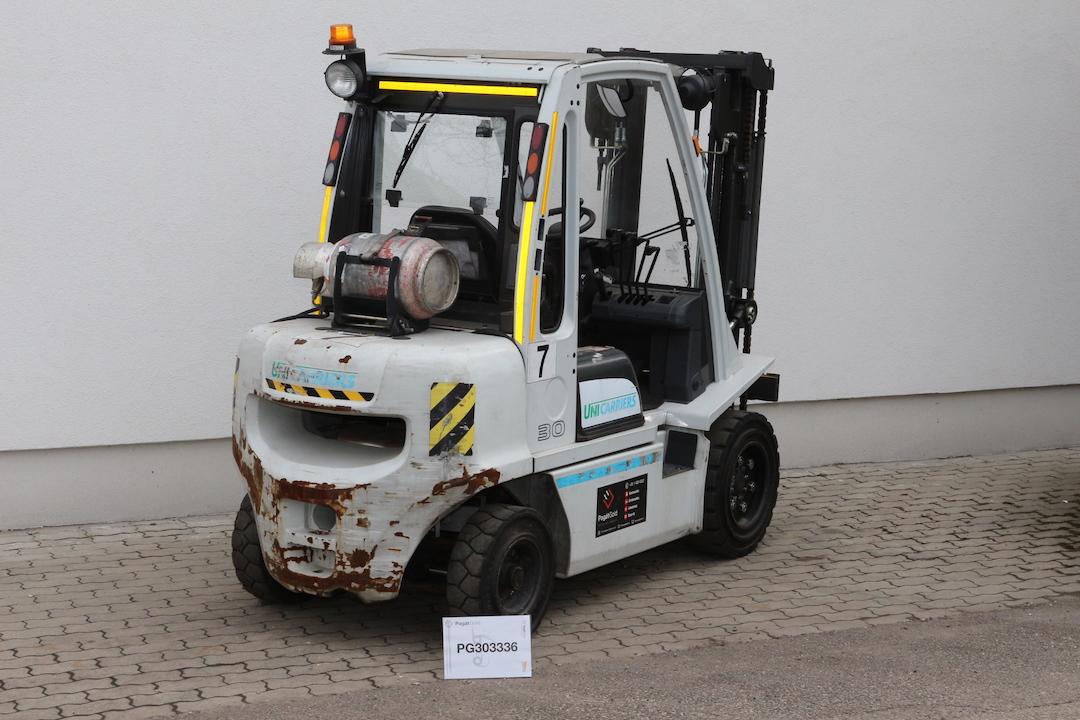 PG303336 Nissan gázos targponca1
