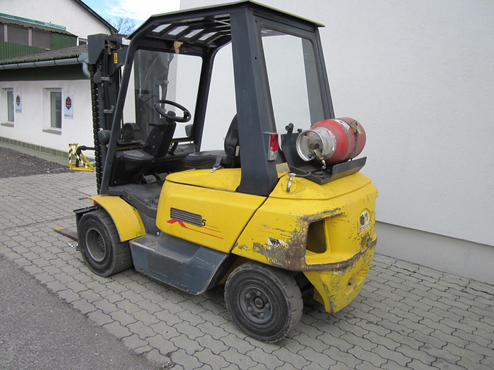 PG254323 OM XG25 targonca1